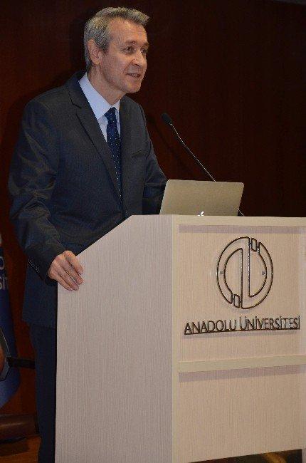 Anadolu Üniversitesi'nde Kadınlar Günü Paneli