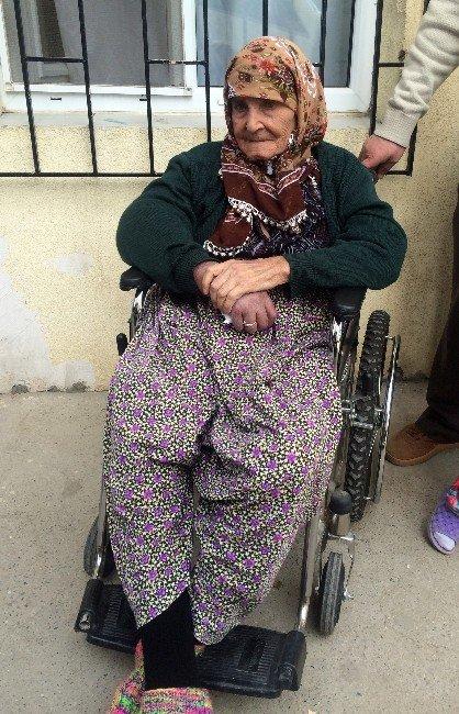 18'inci Kadınlar Günü'nü De Diyaliz Merkezinde Geçirdi