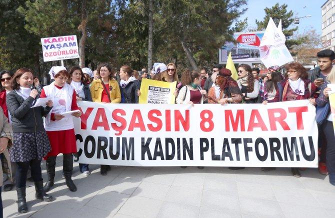 Çorum'da Kadınlar Günü yürüyüşünde gerginlik
