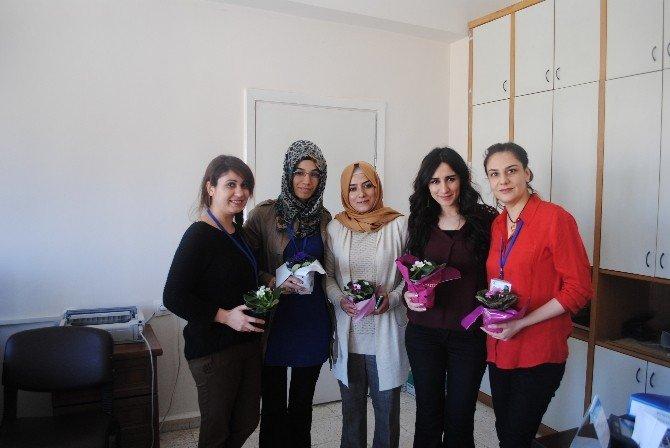 Dicle Elektrik, Kadınlar Günü'nü Unutmadı