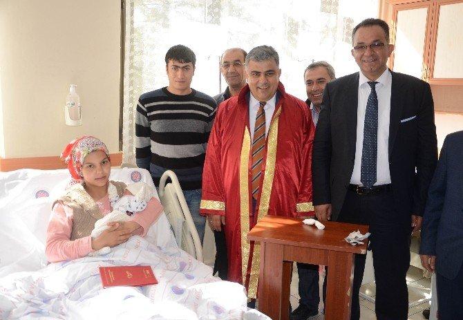 Başkan Özgüven, Hastanede Nikah Kıydı