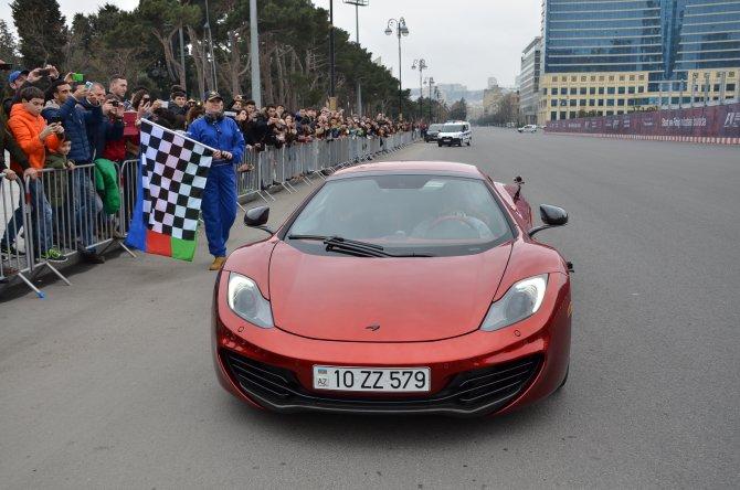 Alonso Bakü'de deneme sürüşü yaptı