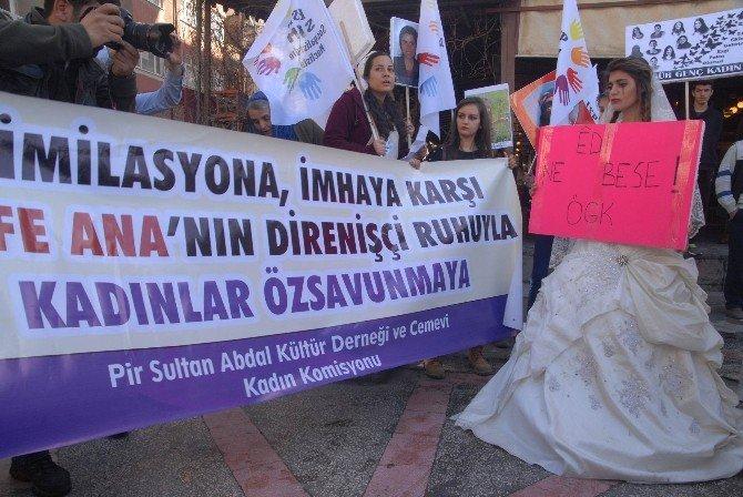 Diyarbakır'da 8 Mart Kadınlar Günü Yürüyüşü