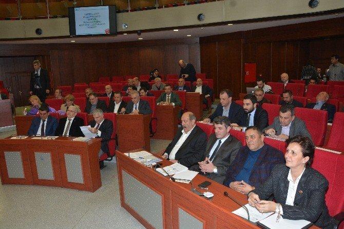 İzmit Belediye Meclis Toplantısı Yapıldı