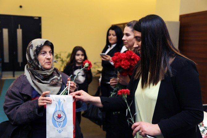 Başarıda Öncü Kadınlar Kağıthane'de