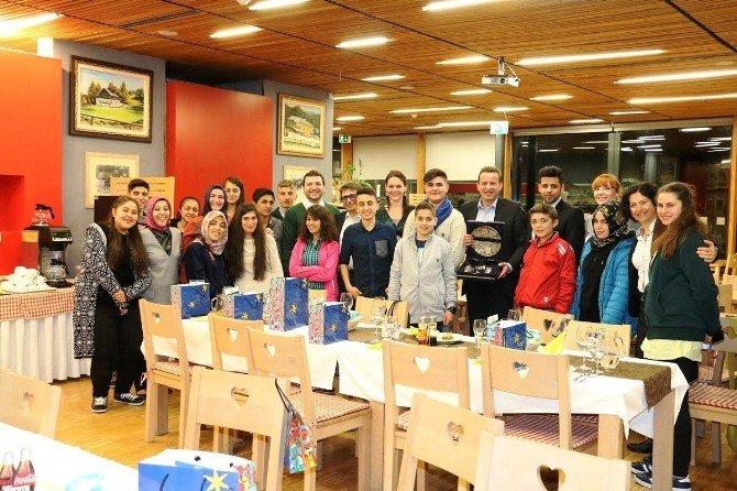 Kardeş Şehirler Dostluğu Genç Kalplere Dokundu