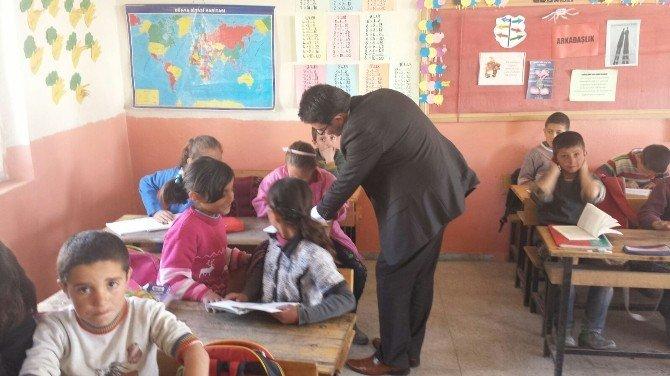 Kaymakam Yılmaz'dan Okullara Ziyaret