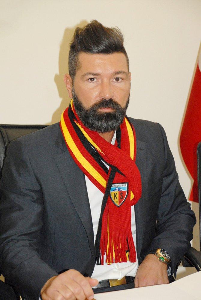 Kayserispor'un yeni teknik patronu imzayı attı, Fenerbahçe'ye gözdağı verdi