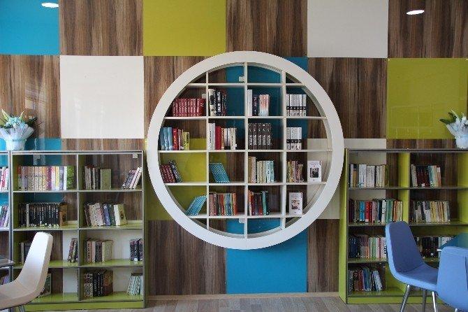 Küre'de 'Z' Kütüphane Açıldı