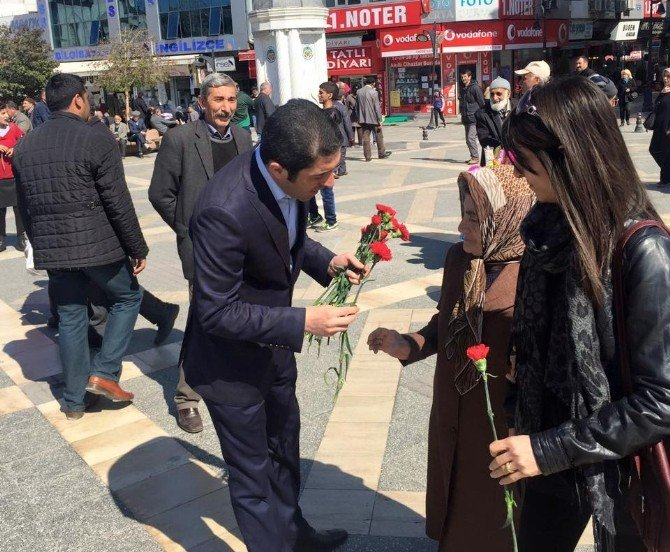 8 Mart Dünya Kadınlar Günü Kutlamaları Devam Ediyor