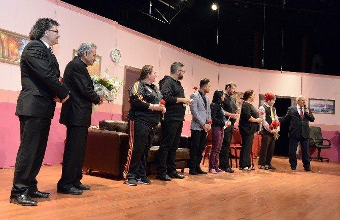 Türk Dünyası Tiyatro Günleri Başladı