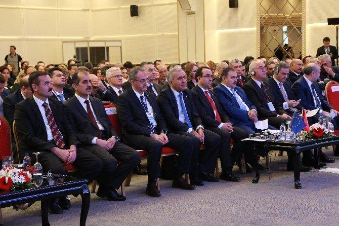 """Bakan Eroğlu, """"Yeraltı Suyu Yönetimi Kapasitesinin Geliştirilmesi Projesi""""nin Açılış Toplantısına Katıldı"""
