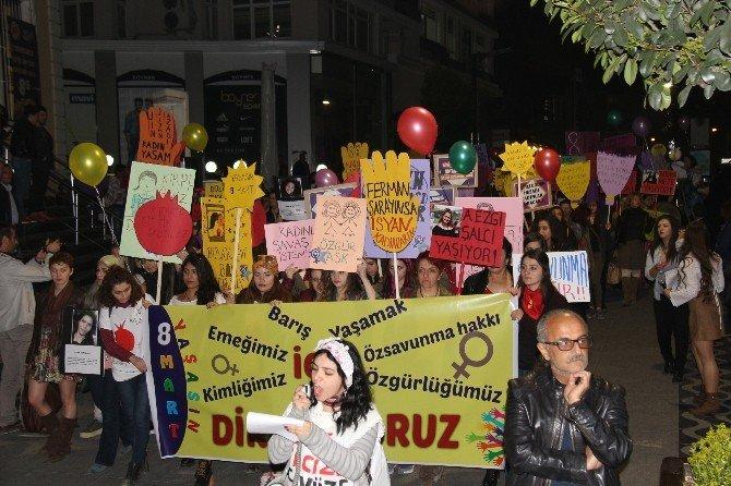 """Samsun'da """"Dünya Kadınlar Günü"""" Yürüyüşü"""