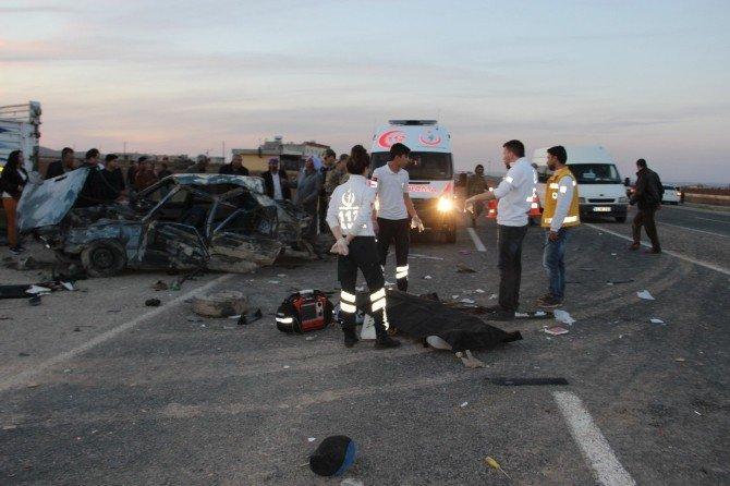 Tekerleği Çıkan Otomobil Takla Attı: 1 Ölü, 4 Yaralı