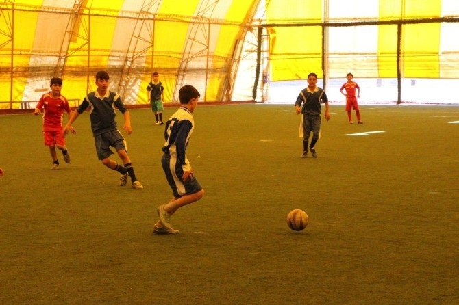 Silopi 'De Küçük Erkekler Futbol Turnuvası Yapıldı