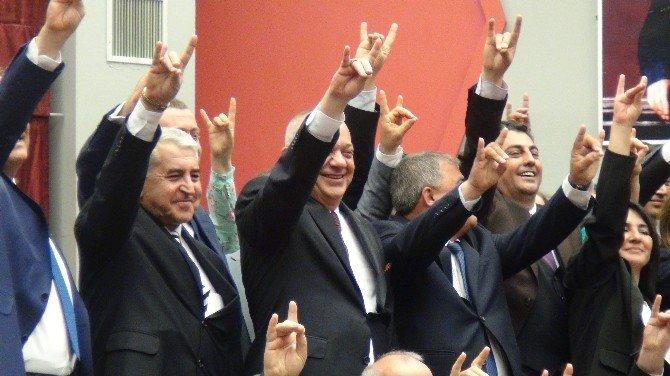 Bağımsız 2 Meclis Üyesi MHP'ye Geçti