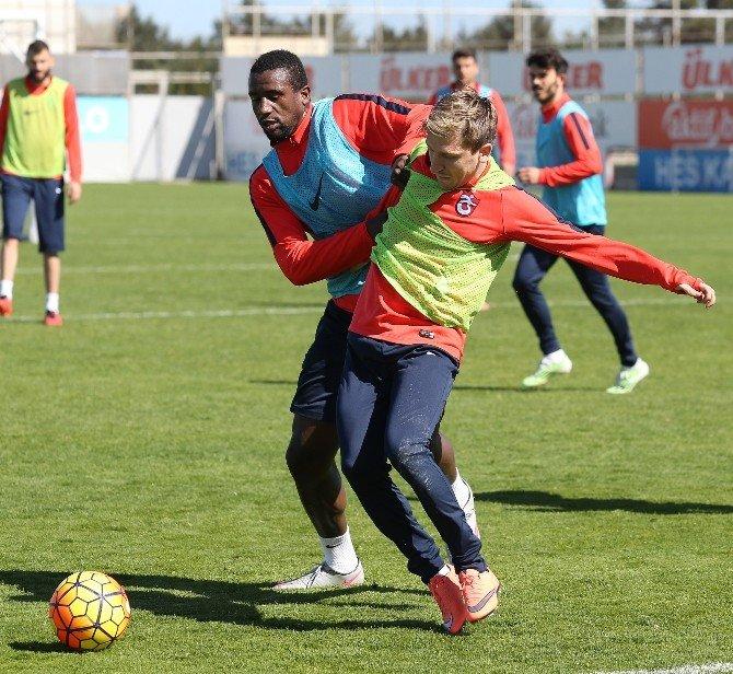 Trabzonspor, Mersin İdmanyurdu Maçı Hazırlıklarını Sürdürüyor
