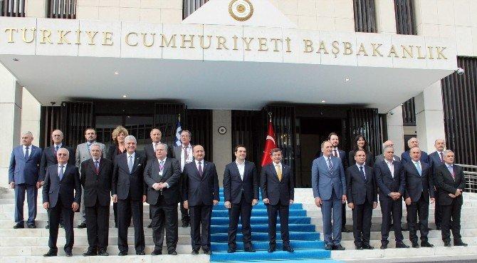 Başbakan Davutoğlu İle Yunan Başbakan Çipras'tan Aile Fotoğrafı