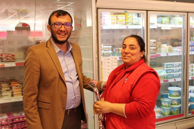 Başkan Sami Yavaş'tan Kadınlara Jest