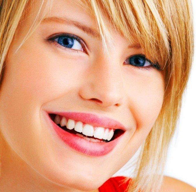 Gülüş Tasarımı İle En Az 10 Yaş Genç Görünmek Mümkün