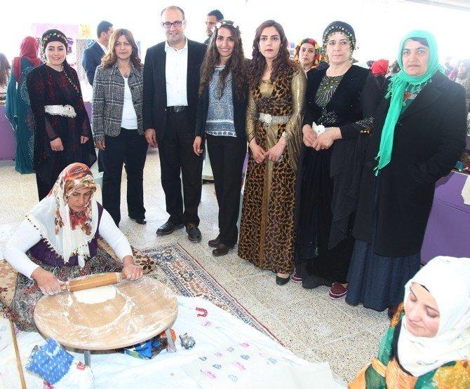 Van'da Kadın Emeği Pazarı Açıldı