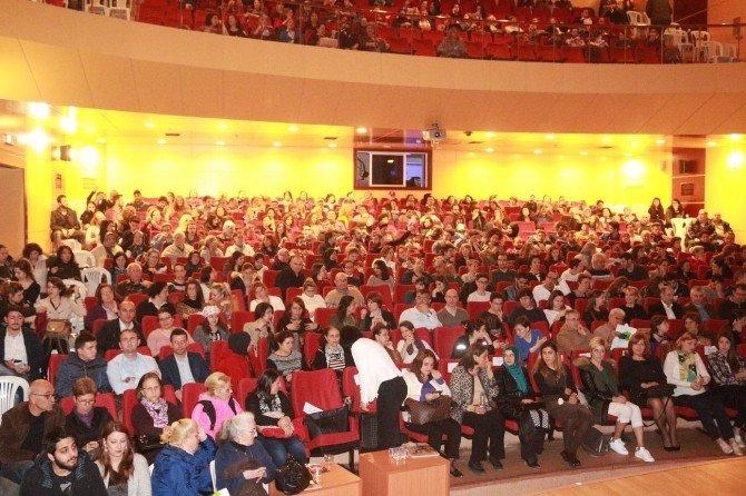 Kırklareli'nde Kadınlar Günü'ne Özel Tiyatro
