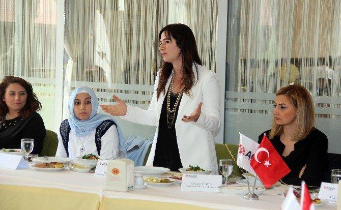 """Sanayici Kadınlar, """"Dünya Kadınlar Günü"""" Etkinliğinde Buluştu"""