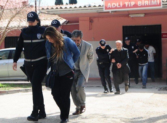 PKK'nın Roketatarlarında YPG'li Teröristin Parmak İzi Çıktı