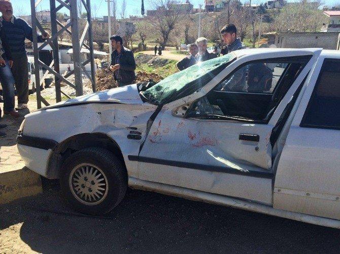 Otomobille Kamyon Çarpıştı: 1 Yaralı