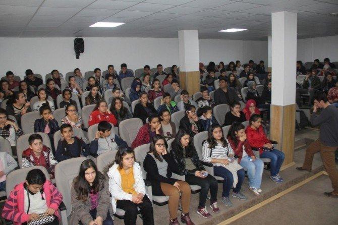 Öğrencilere Sınav Öncesi Konferans