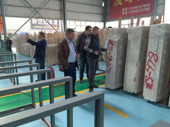 Afyonlu mermerciler Çin'e çıkarma yaptı