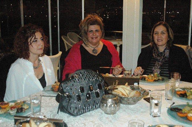 Bodrum'da AK Kadınlar Yemekte Buluştu