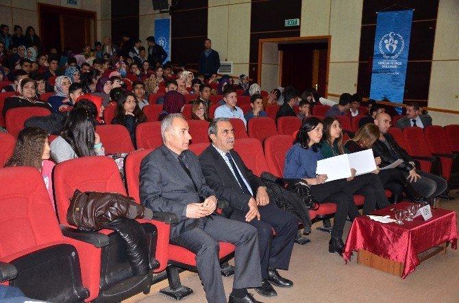 Bitlis'te Türk Müziği Yarışması