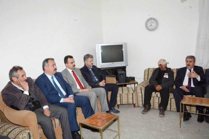 BBP lideri şehit ailelerini ziyaret etti, Kur'an-ı Kerim okudu