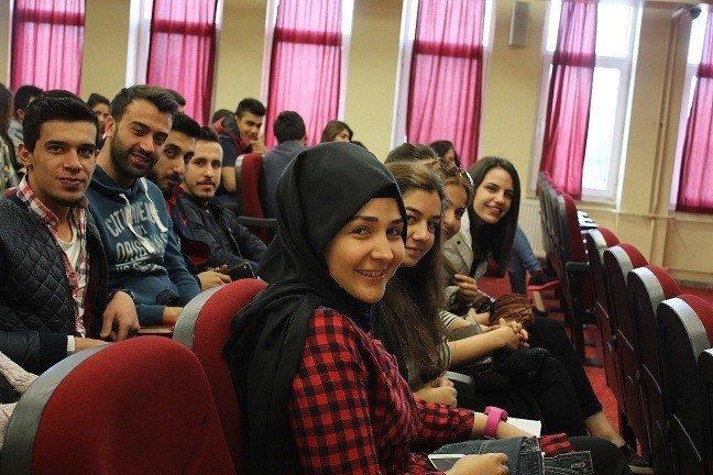 Akçakoca'da Değişim Programları Bilgilendirme Toplantısı Düzenledi