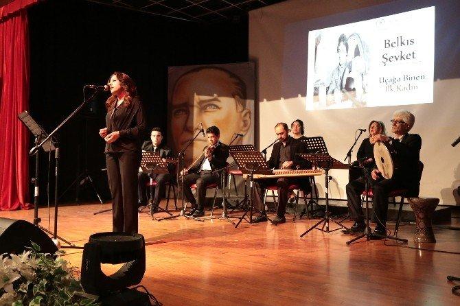 Denizli'de 'Şiirlerle Ve Şarkılarla Kadın' Programı Düzenlendi