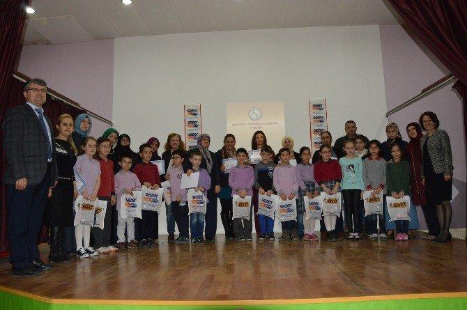Çalışkan Çocuklar Okudu, Ödüllerini Aldı