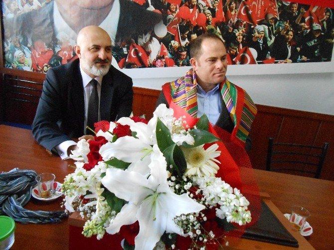 Eskişehir'deki Bilecikliler Dernekler Platformu'ndan MHP'ye Ziyaret