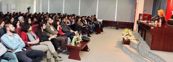 Kadınların Kamusal Mekan Deneyimleri Konferansı