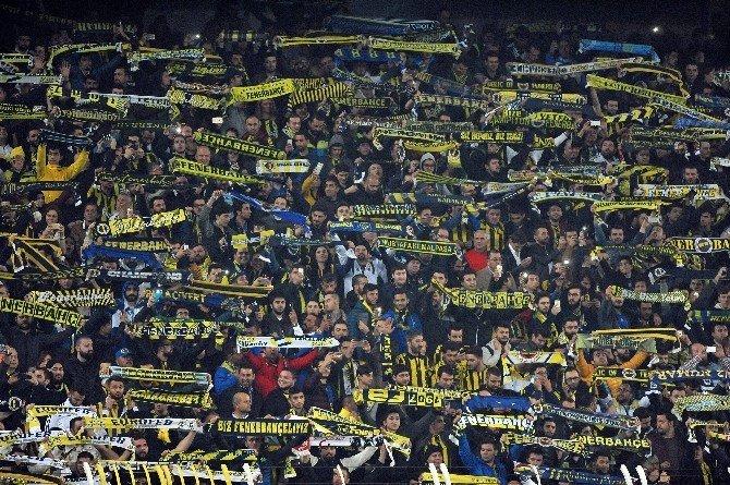 Avrupa'da Fenerbahçe'nin Bileği Bükülmüyor