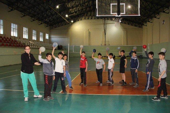 Oltu'nun Artık Hentbol Takımı Var