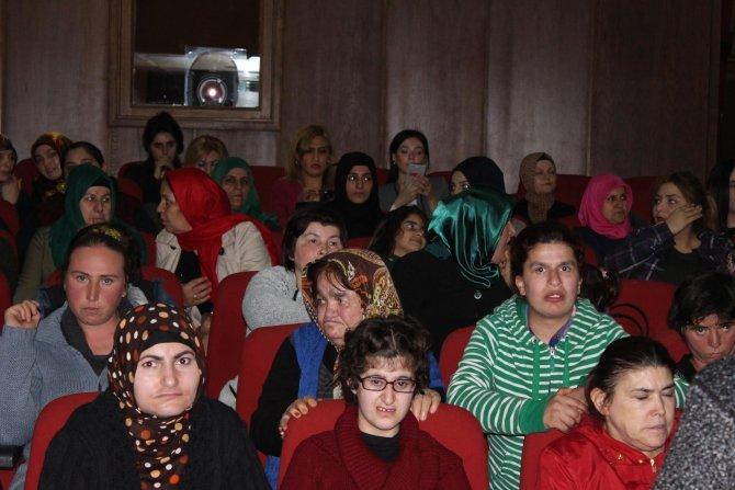 'İki Elin Sesi' ile Iğdırlı kadınlar sinemada buluştu