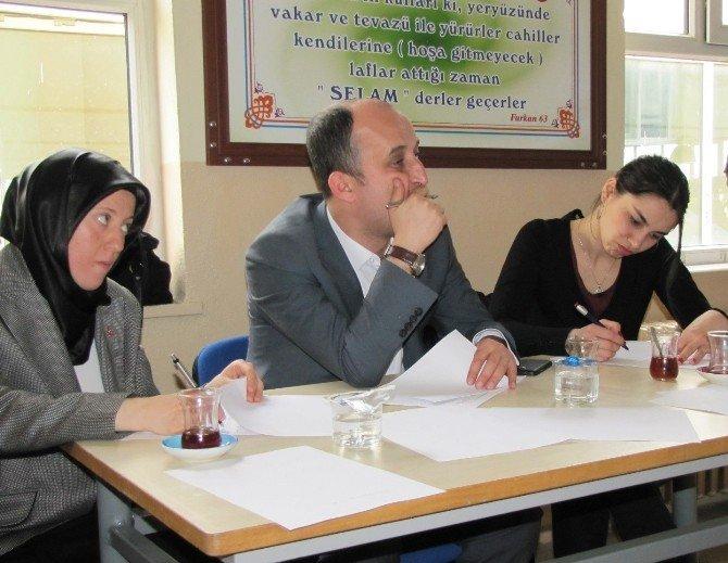 Hisarcık'ta İstiklal Marşını Güzel Okuma Yarışması