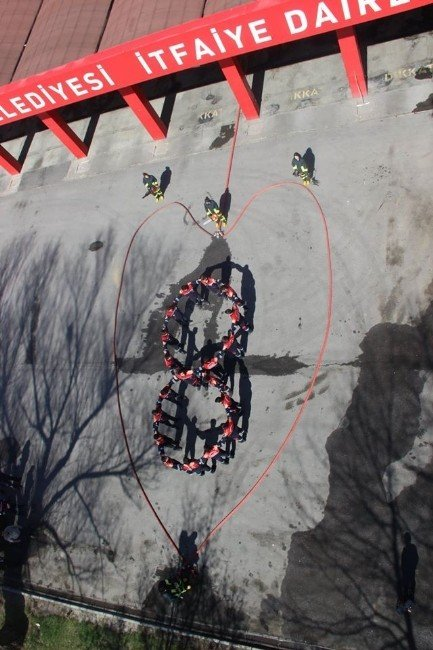 Geleceğin İtfaiyecileri '8 Mart'ı Böyle Kutladı