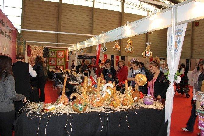 Selçuklu Kadınlara İzmir'de Yoğun İlgi