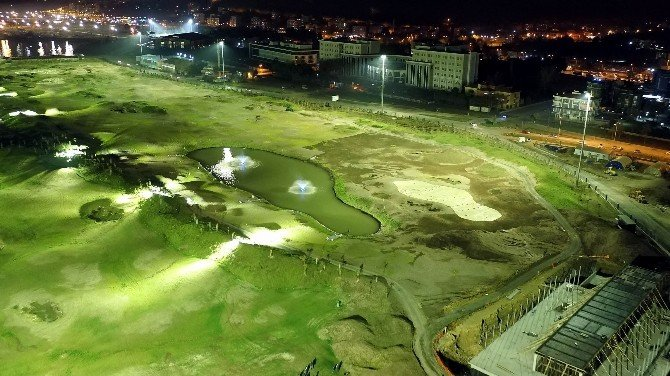 Karadeniz'in İlk 'Golf Sahası' Aydınlandı