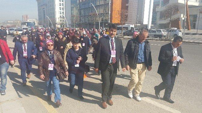 Hizmet-iş Sendikası Kayseri Şubesi Dünya Kadınlar Gününü Ankara'da Kutladı