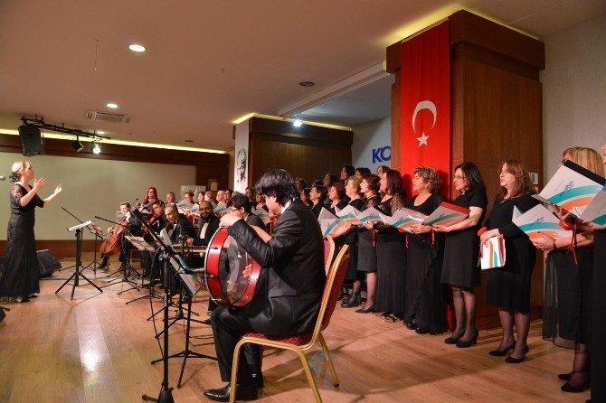 Tsm Korosu, Kadınlar Günü'nde Sahne Aldı