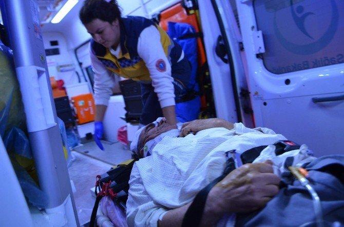 Elektrikli Bisikletten Düşen Alkollü Şahıs Hastanelik Oldu