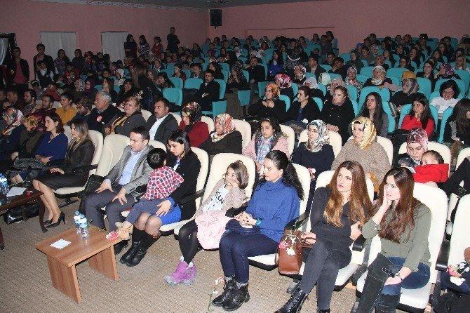 Muradiye'de Kadınlar Günü Etkinliği